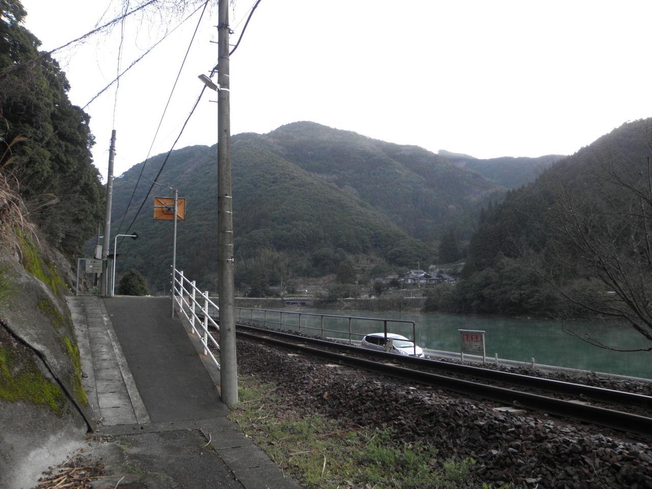 肥薩線-7:吉尾駅 : 停車場遍路...