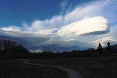 46 doc. UFO Cloud & Mt. Shasta  1-11-2019 194