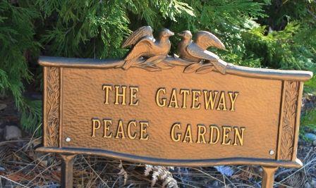 Peace Garden, 2 web, 12-1-'11, IMG_3148