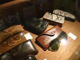 小物類 レイバンサングラスや皮財布