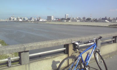 ... 日記 : 大阪城へ自転車で