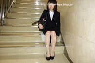入学式後の新入大学生さん_03