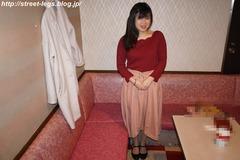 23歳家電量販店店員、りこちゃん_01