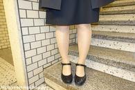 入学式後の大学生の子_03