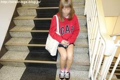 18歳大学生の子_04