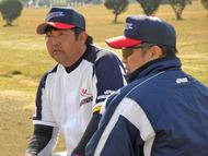 潮見直樹監督(右)と山田勉コーチ(左) SWBC JAPAN 2010