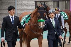 20200215 東京11R クイーンC(G3) 3歳牝馬OP ホウオウピースフル 05