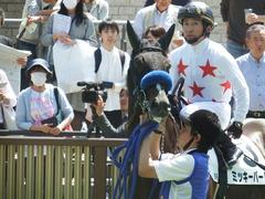 20180421 東京6R 3歳未勝利 ミッキーバード 13