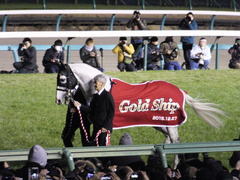 20151227 ゴールドシップ 引退式 02