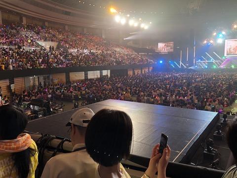 【朗報】 SKEのコンサートでも撮影タイム  キタ ━━━━(゚∀゚)━━━━!!