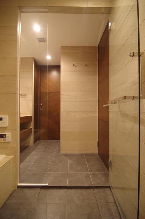 Bath3-2-680x1024