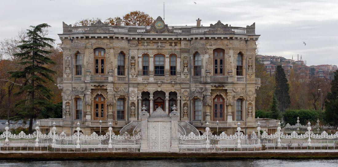 Renaissance  夏の宮殿(トルコ)コメント