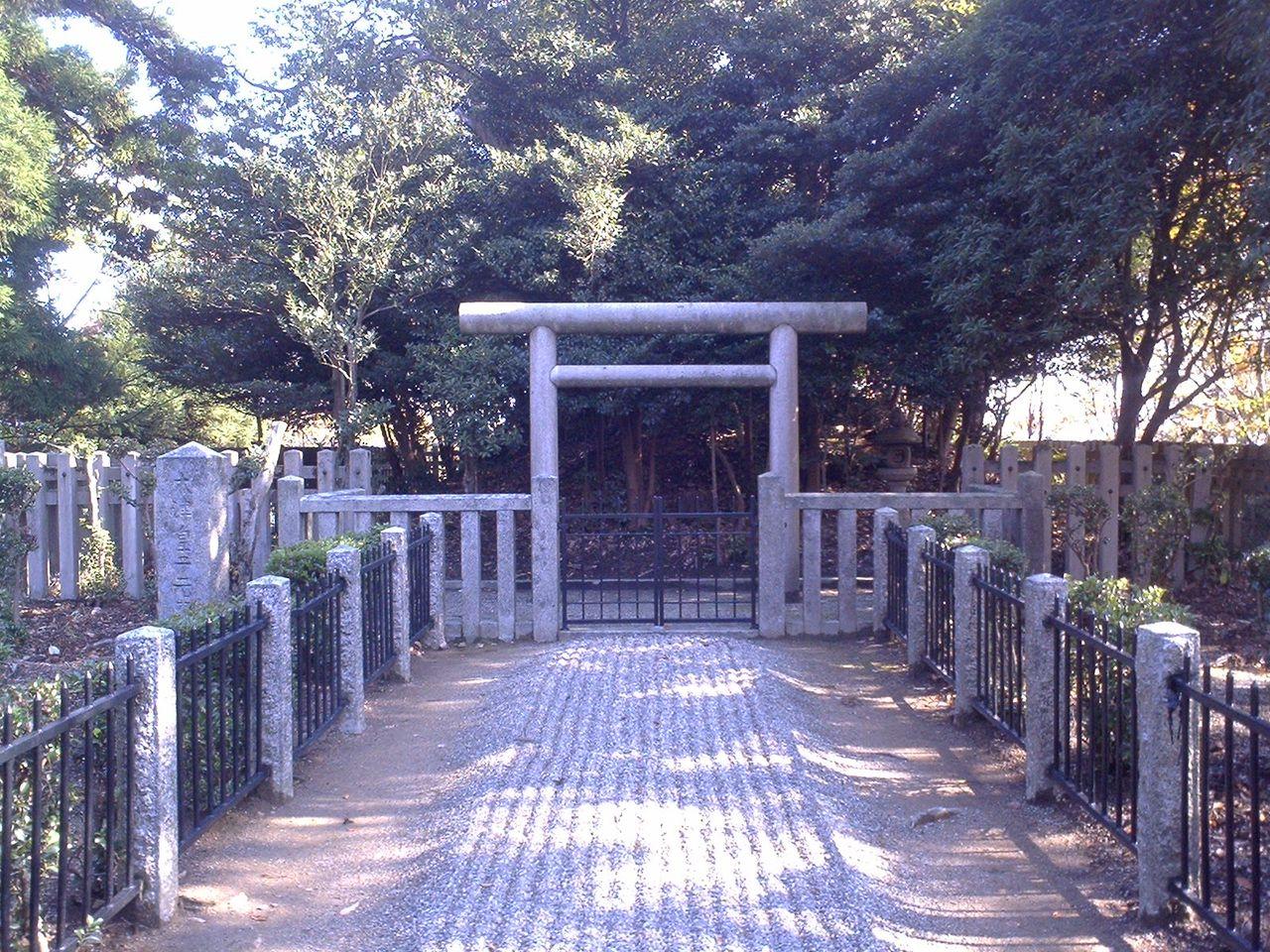 スジン 続きを読む sujin_10  陵墓(皇族墓)