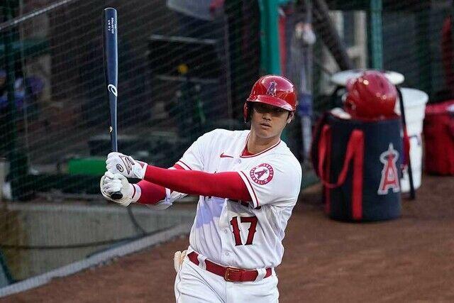 大谷翔平(26).261 17本 44打点 出塁率.346 OPS.952