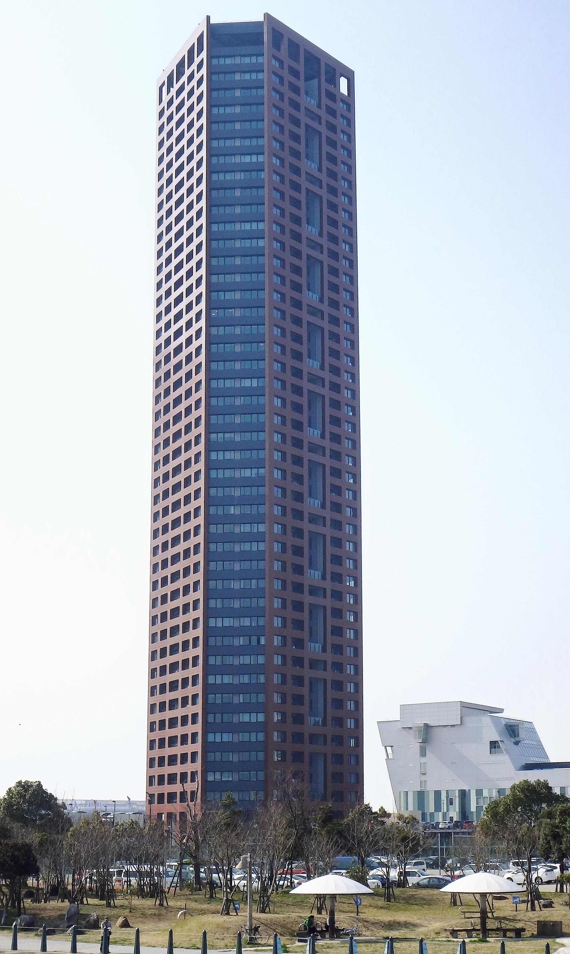 各都道府県で最も高いビル(鉄塔...