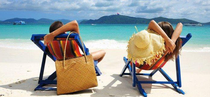 island-vacation-1725x810_16439-696x323