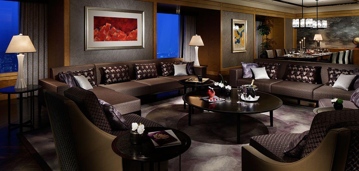kv_theritzcarlton-suite