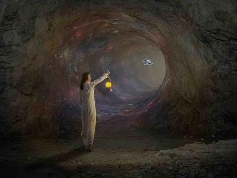 女性が洞窟で孤独に4ヶ月!「洞窟隔離実験」の結末は⁉︎