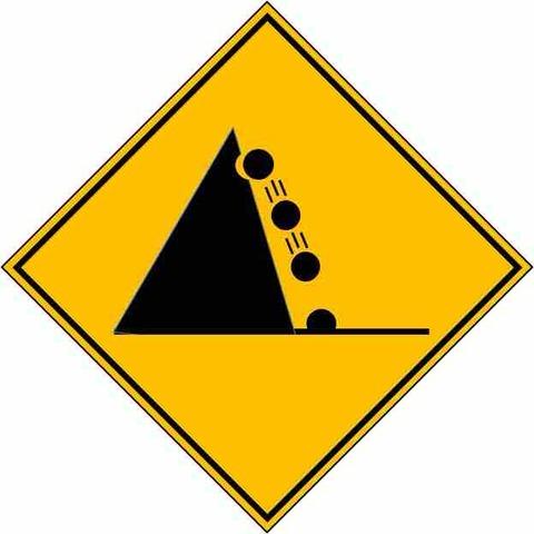落石注意の道路標識。本当の意味って?