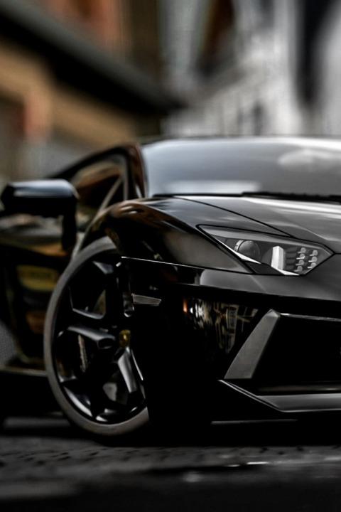 新車は「黒」か「白」を買うとお得!?