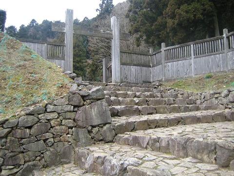 「八王子城」 有名な心霊スポットの凄惨な歴史をご紹介!