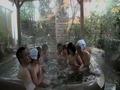 夫婦交換中出し混浴温泉の旅 2-5