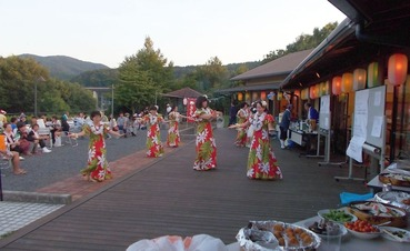 180804夕涼み&BBQ大会フラダンス