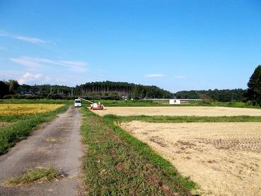 170914南𠮷原の田んぼと丘・広い空