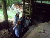 180722中学生民家体験8朝の散歩で穴窯見学