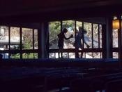 190118自由学園礼拝堂窓ふき