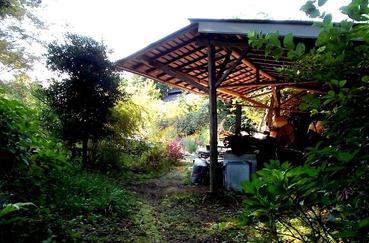 170914工房兼農家の庭