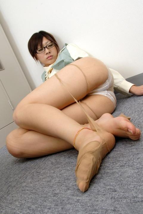com_wp-content_uploads_2013_07_fetisoku03521-500x750