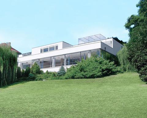 トゥゲントハット邸2