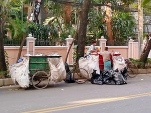 trash collector (2)