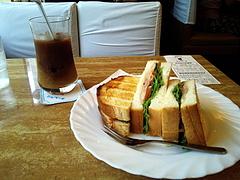100701BLTサンド&アイスコーヒー@シュベール