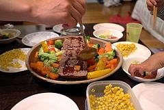 101208誕生会の食事