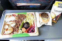 100922鶏三昧弁当&ミニハンバーガー&マイスムージーマンゴー