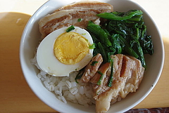 100105豚角煮丼