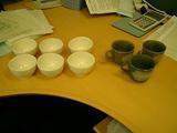 お茶6杯かコーヒー3杯、、、こう見ると結構ありますね