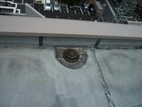 屋上やルーフバルコニー先の排水溝(ドレン)は定期的に掃除を