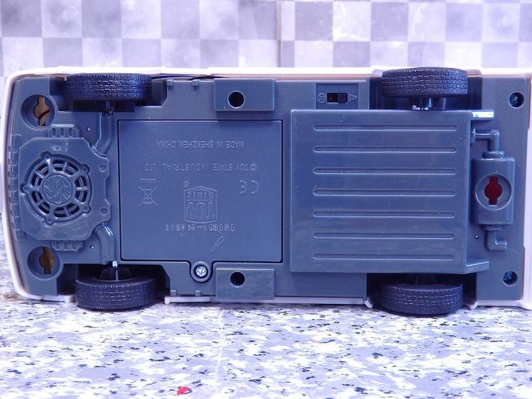 P9039257