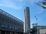 高松駅とサンポート高松のシンボルタワー 2008.8.13