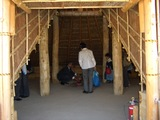 津島遺跡の竪穴住居 拝見