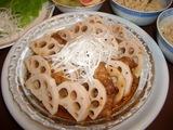 レンコンと豚バラ肉の中華蒸しの完成