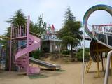児童遊園地と遊具