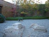 竹喬美術館の中庭