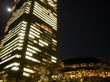 東京ミッドタウンを照らす 中秋の名月