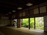 遊心亭にて新渓園の憩いを堪能す 2008.5.1