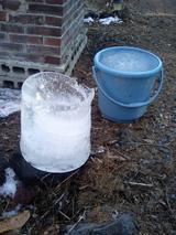 バケツと氷と私の気持ち