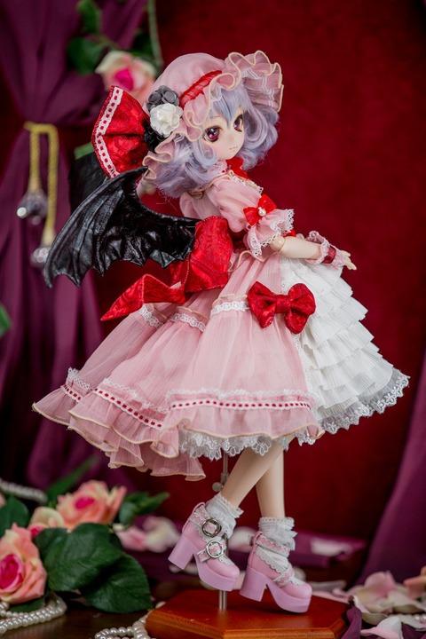 【東方】 レミリアのカスタムドールがオークションに出品、現在10万円以上の素晴らしい人形です。